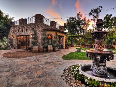 http://www.herecomestheguide.com/southern-california/wedding-venues/lake-oak-meadows-weddings-and-events/