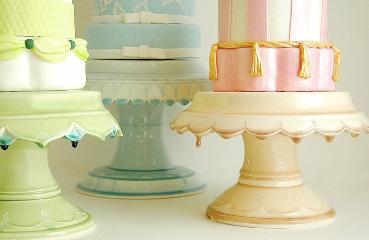 Just when you thought wedding cake couldn\'t get any better! | BravoBride