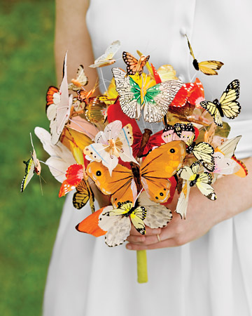 I saw this butterfly bouquet in the Summer 09 Martha Stewart Weddings