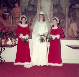Nothing says a winter wedding like dressing your bridesmaids as Mrs. Claus