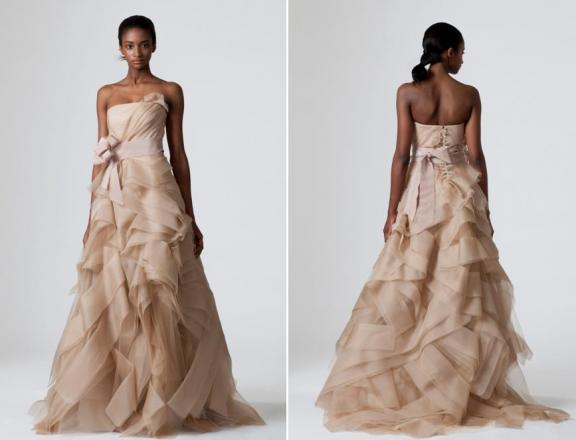 Vera wang spring 2010 wedding dresses bravobride for Where to buy vera wang wedding dresses