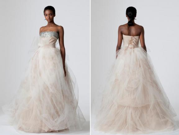 vera-wang-spring-2010-wedding-dresses-dusty-rose-silver-strapless-clouds-of-tulle