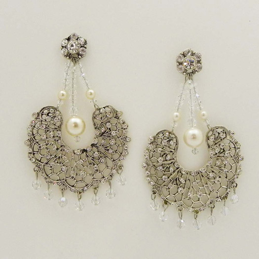 The last piece I wanted to show you are these stunning vintage inspired chandelier  earrings. - A Huge Sale On Couture Bridal Accessories BravoBride