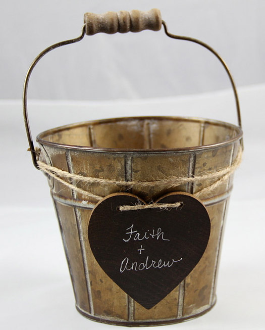 This flower girl tin basket is perfect for a rustic vintage or country