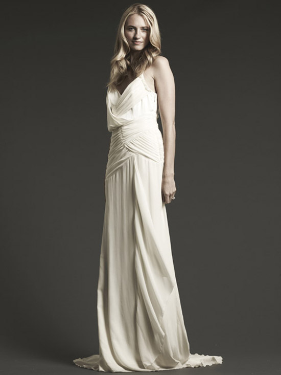 destination wedding gowns bravobride