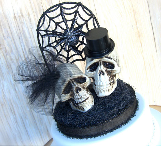 7 Scary Wedding Cake Toppers BravoBride