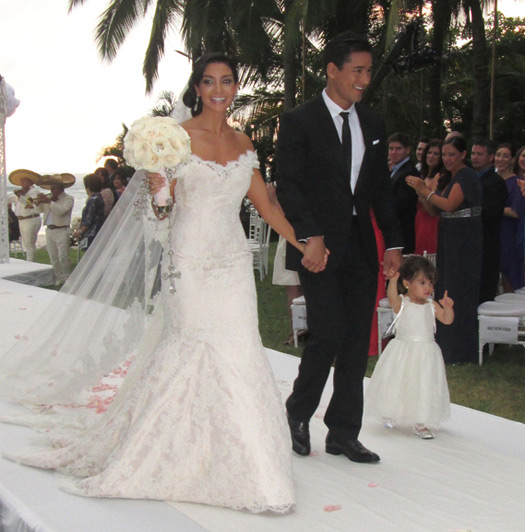 mario lopez wedding photos