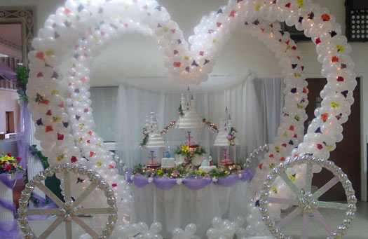 Wedding Balloon Decorations | BravoBride