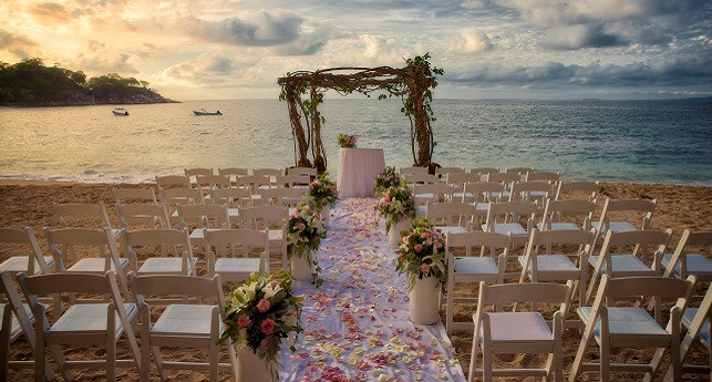 https://www.destinationweddings.com/Destinations/Resorts/tabid/103/agentType/View/PropertyID/186/Default.aspx