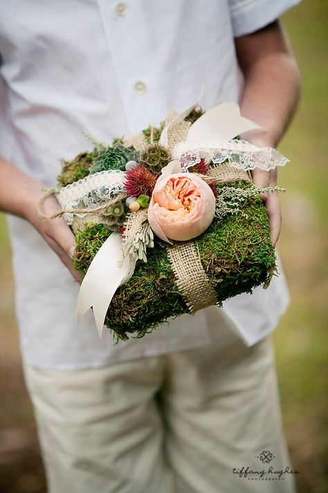 Alternative ring bearer pillows bravobride for Diy ring bearer