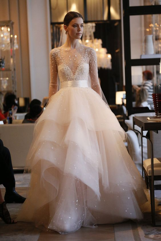 Top 10 Wedding Dress Designers | BravoBride