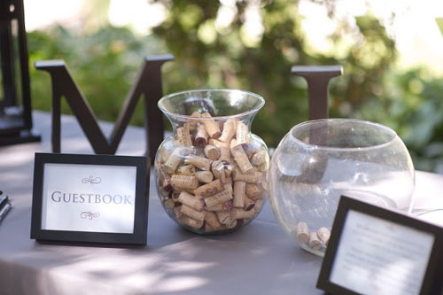 http://www.weddingphotousa.com/vineyard-wedding-ideas/