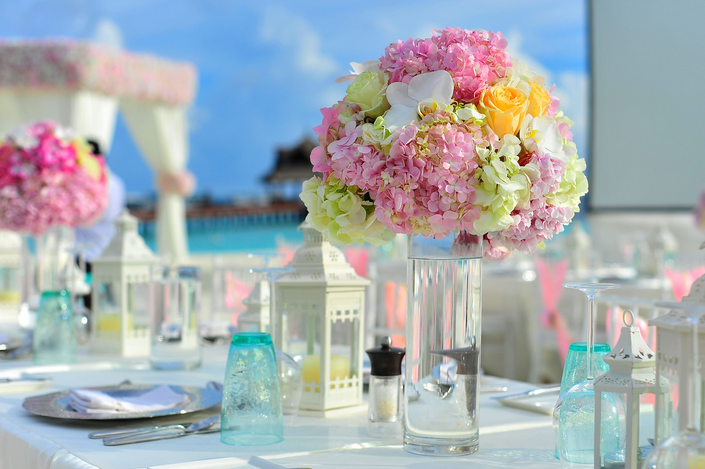 tall, vase, flowers, wedding, centerpiece