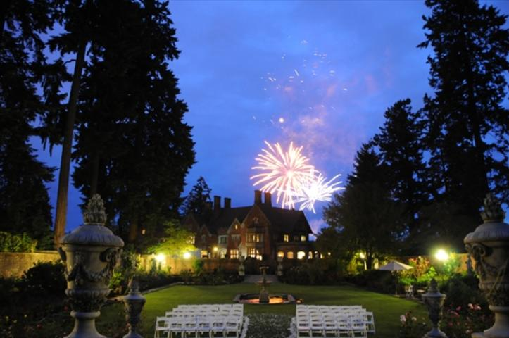 https://www.theknot.com/marketplace/thornewood-castle-inn-and-gardens-lakewood-wa-513596