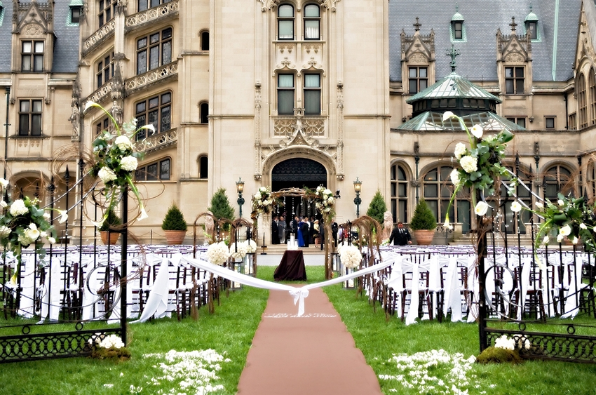 http://www.biltmore.com/groups-weddings/weddings/photo-gallery