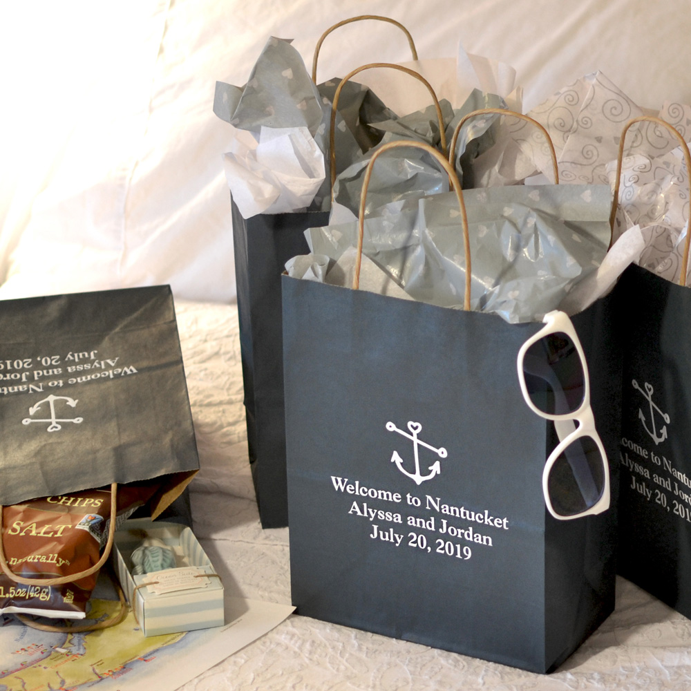 http://myweddingreceptionideas.com/medium_personalized_wedding_welcome_bags.asp?pp=0