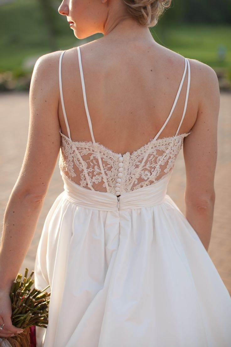 How to Pick the Right Consignment Shop to Sell Your Wedding Dress ...