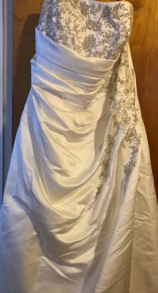 David's Bridal - Wedding Dress 26w