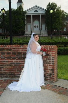 Very similar to David\'s Bridal 9T9218 - REDUCED Plus Size Bridal Gown |  Size: 24 | Bridal Gown | Size 24 | Only $350.00