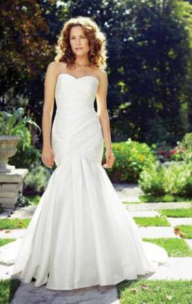 Lea Ann Belter - Strapless Designer Mermaid Style Wedding Dress