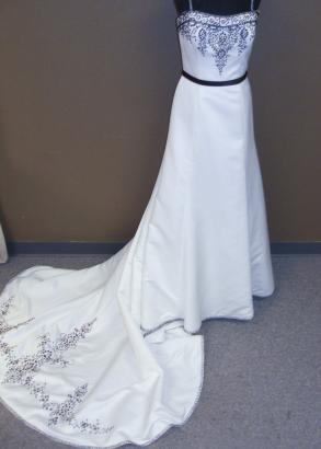 Damask Art Deco 2be Bride White Beaded Wedding Gown