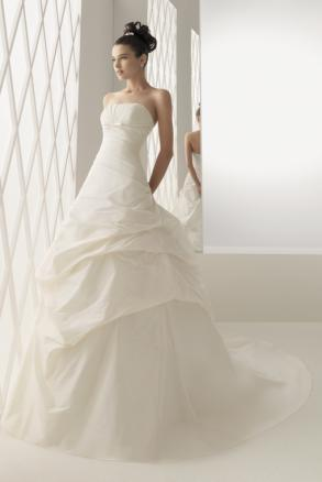 Bruselas by Rosa Clara 2010 - Rosa Clara Wedding Dress