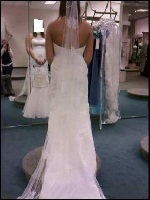 David's Bridal - Nwt. Davids Bridal Size 10. High Neck Halter.