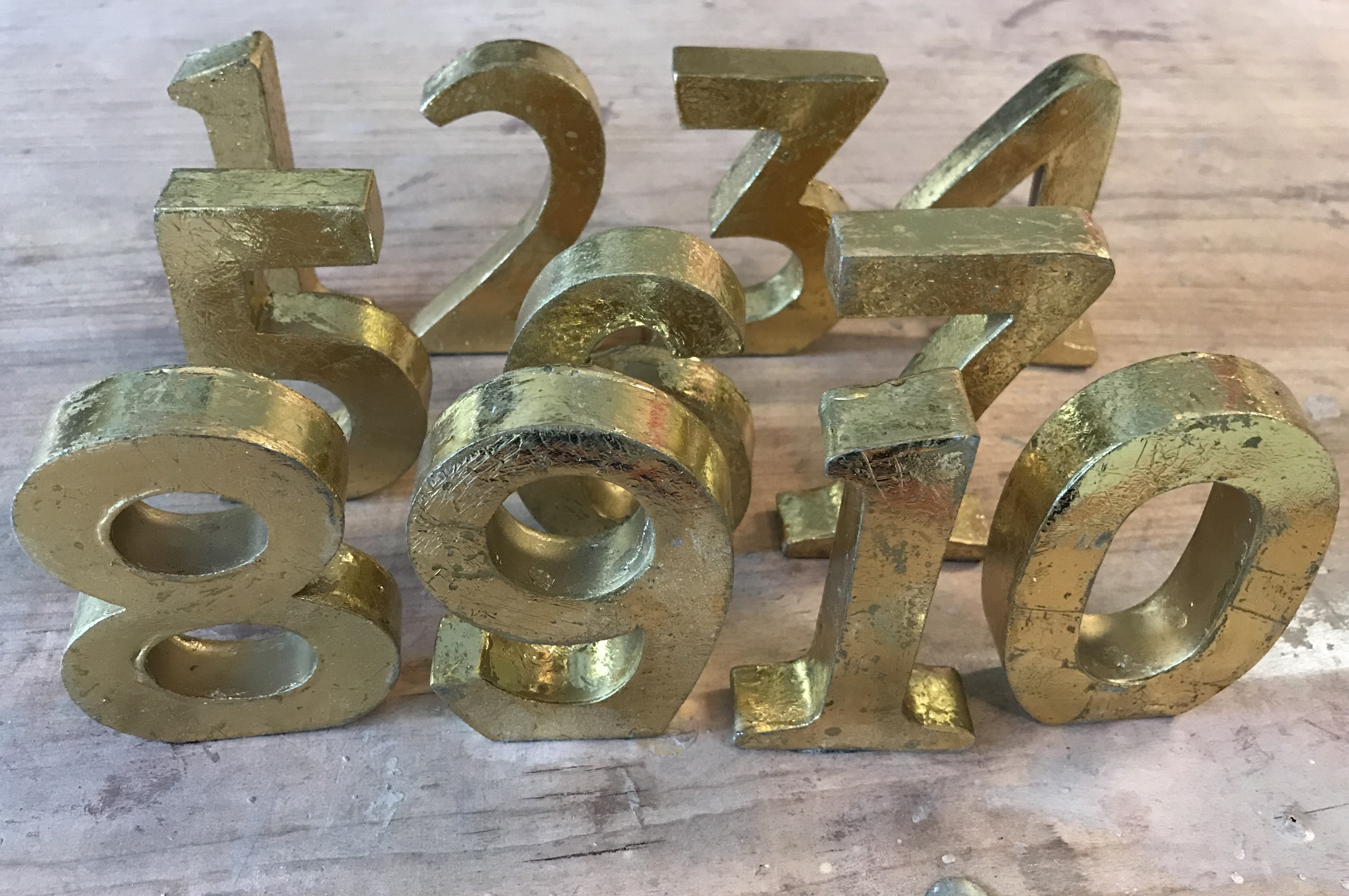 Set Of Gold Table Numbers 1-10