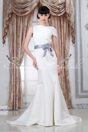 Hyacinthe Gown