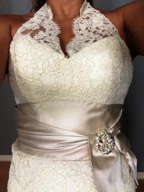 Gorgeous Amsale Wedding Gown