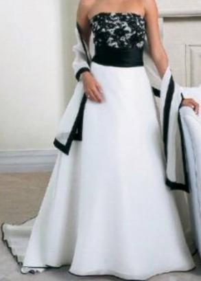 Brand New Alfred Angelo Black & White Wedding Dress With Matching Shawl Size 10