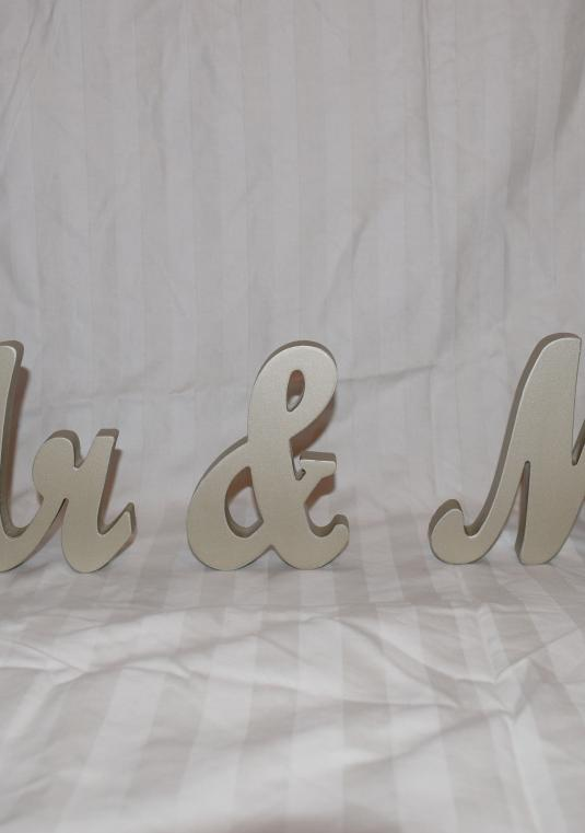 Mr. & Mrs. Sign - Sweetheart Table Sign - Mr And Mrs Sign