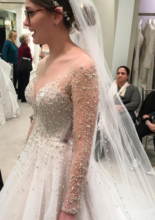 Dennis Basso Beaded Ball Gown Size 8 Bridal Gown Bravobride,Wedding Guest Gown Velvet Dresses Pakistani