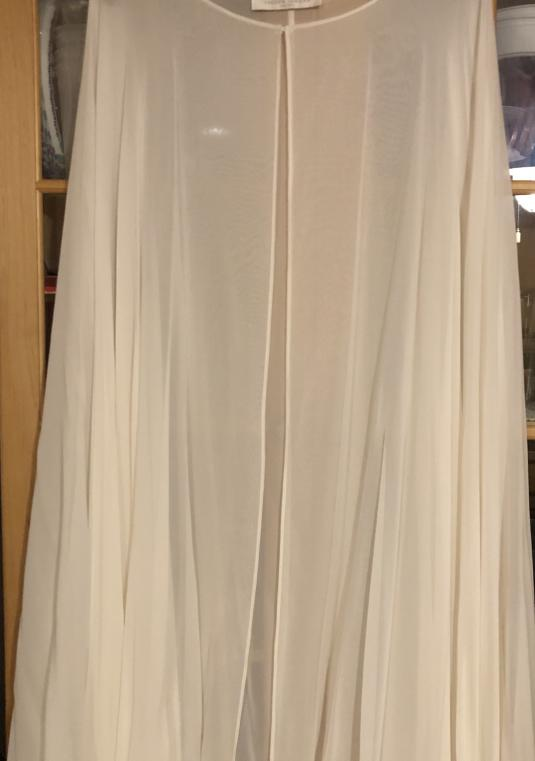 Jaclyn Jordan New York Ivory Silk Chiffon Cape