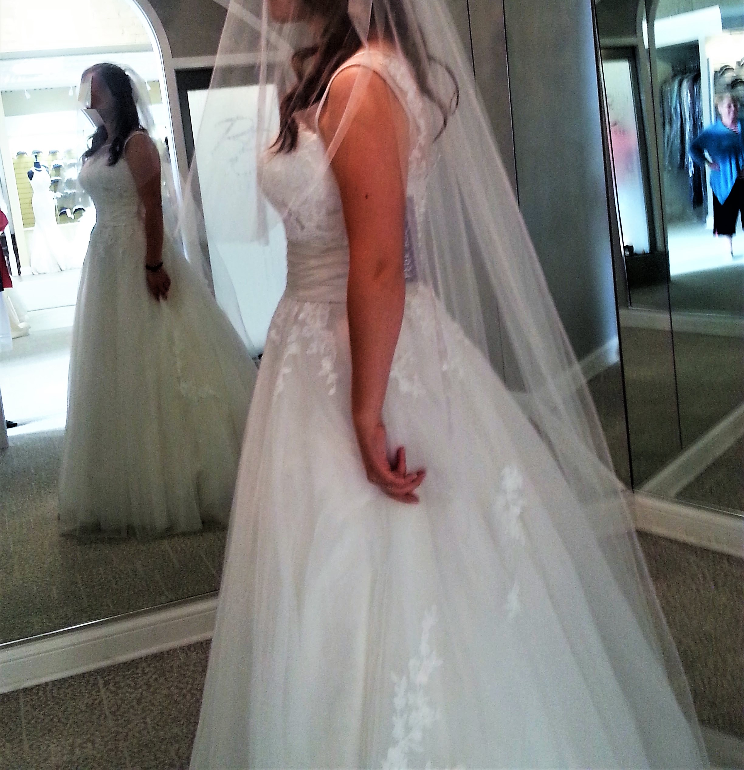 Brand New Justin Alexander #6007 Tulle And Lace Ball Gown