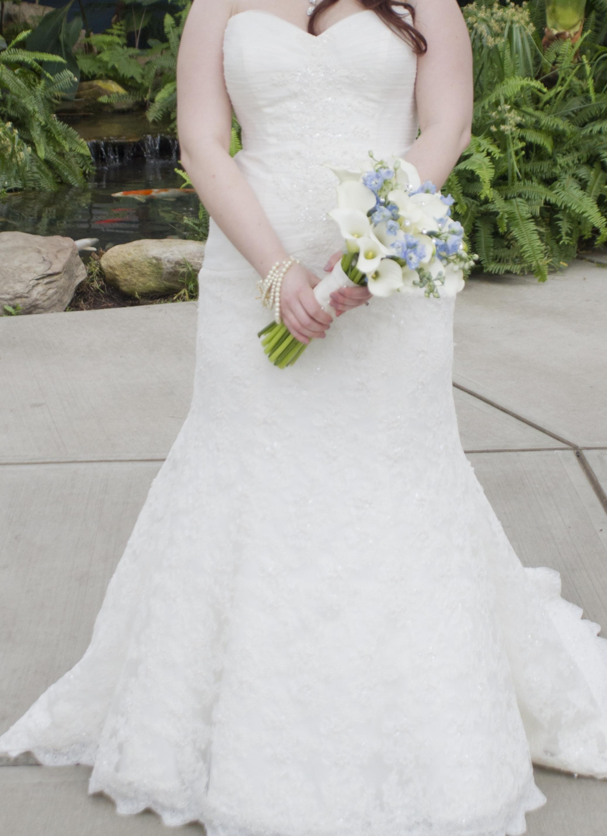 Oleg Cassini Lace Trumpet Gown Crl277 | Size: 14 | Bridal Gown ...