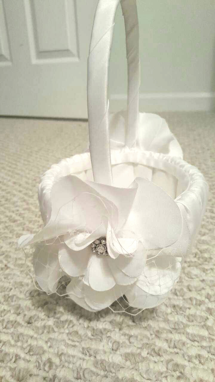 White Flower Girl Basket With 2 Flowers