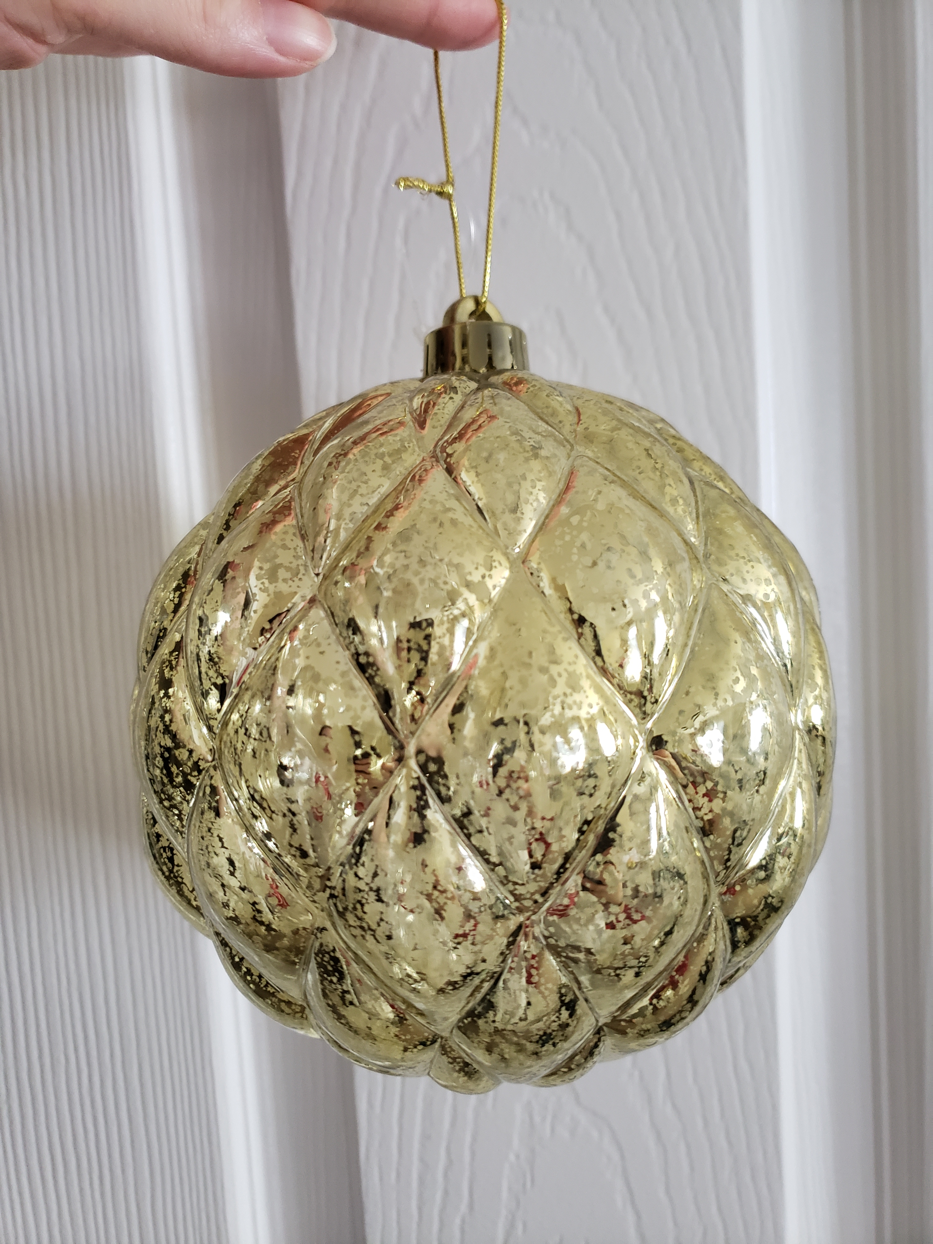 Gold Bulb Decoration