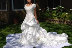 Allure - Limited Bridal Gown