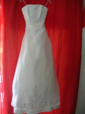 Ivory Wedding Dress & Shawl