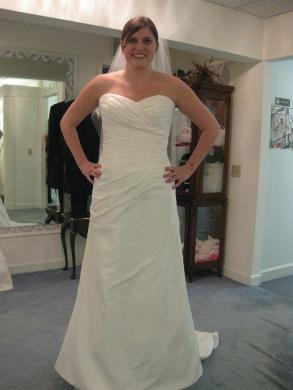 2 Be Wedding Dress