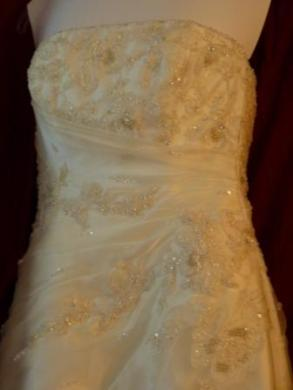 Anjolique Ivory Bridal Gown