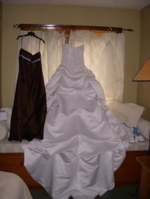 Lisa's Bridal - Bridesmaid Dress