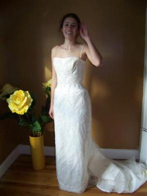 Anjolique - Gorgeous Strap Or Strapless Wedding Gown