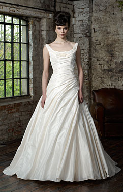 Ian Stuart Wedding Gown - London REDUCED