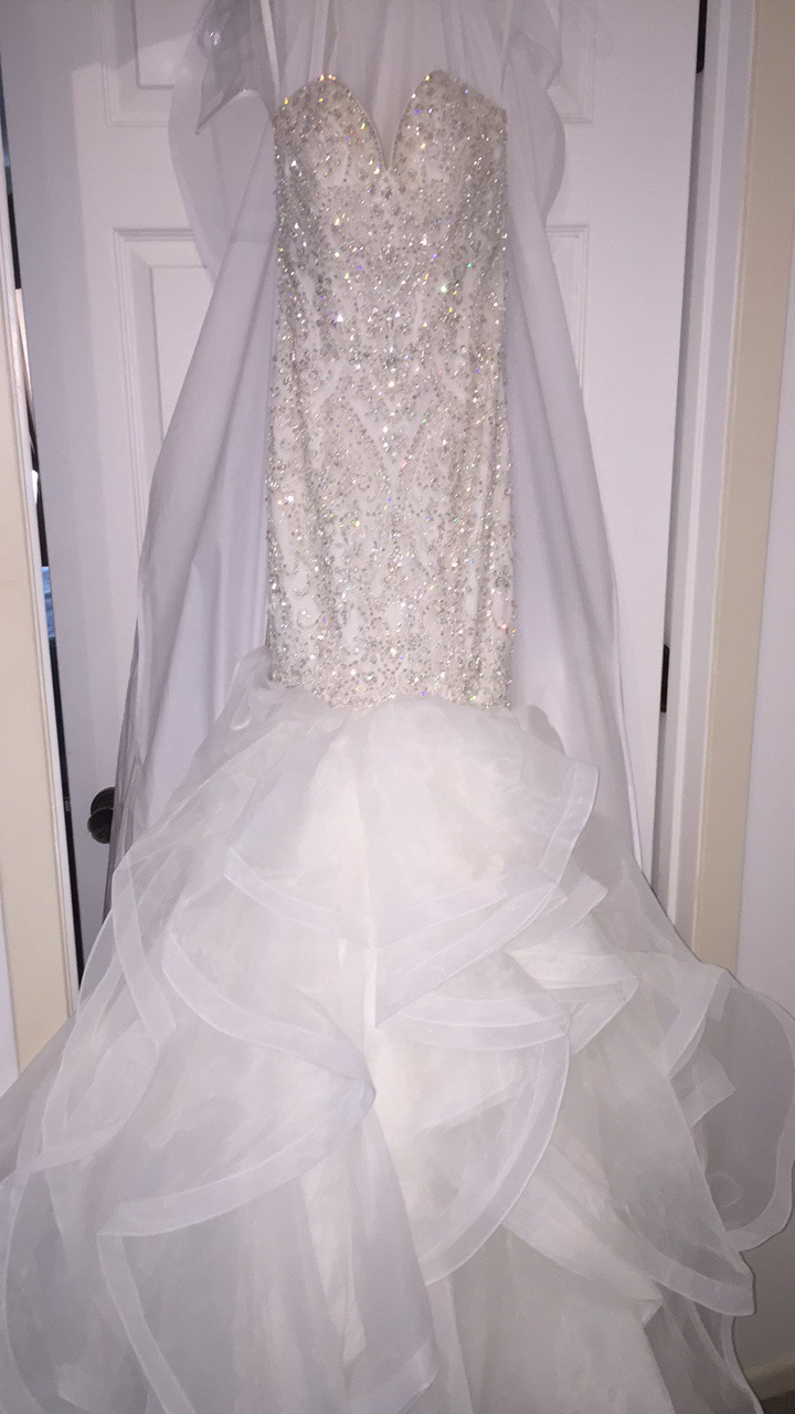 Allure Wedding Dress C367