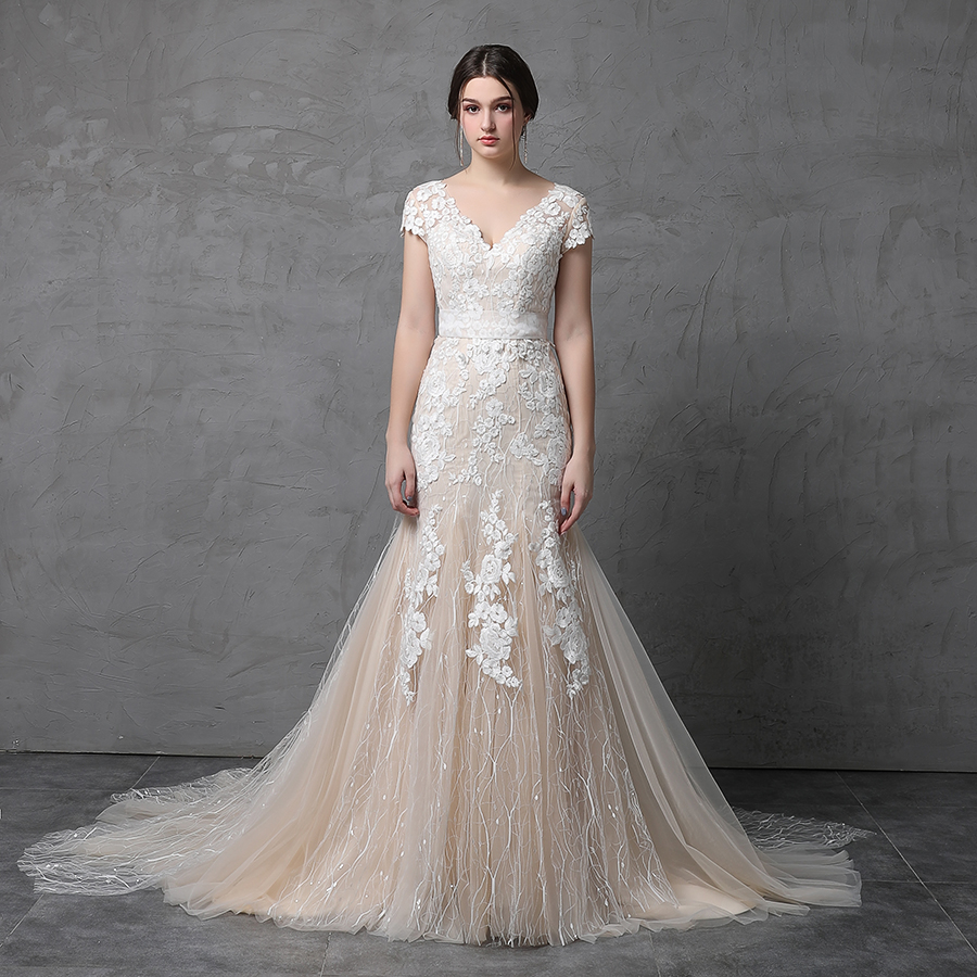 Used Wedding Gowns: Featured Unique Wedding Favors