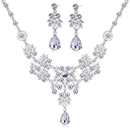 New Clear Crystal Rhinestone Necklace Earring Set