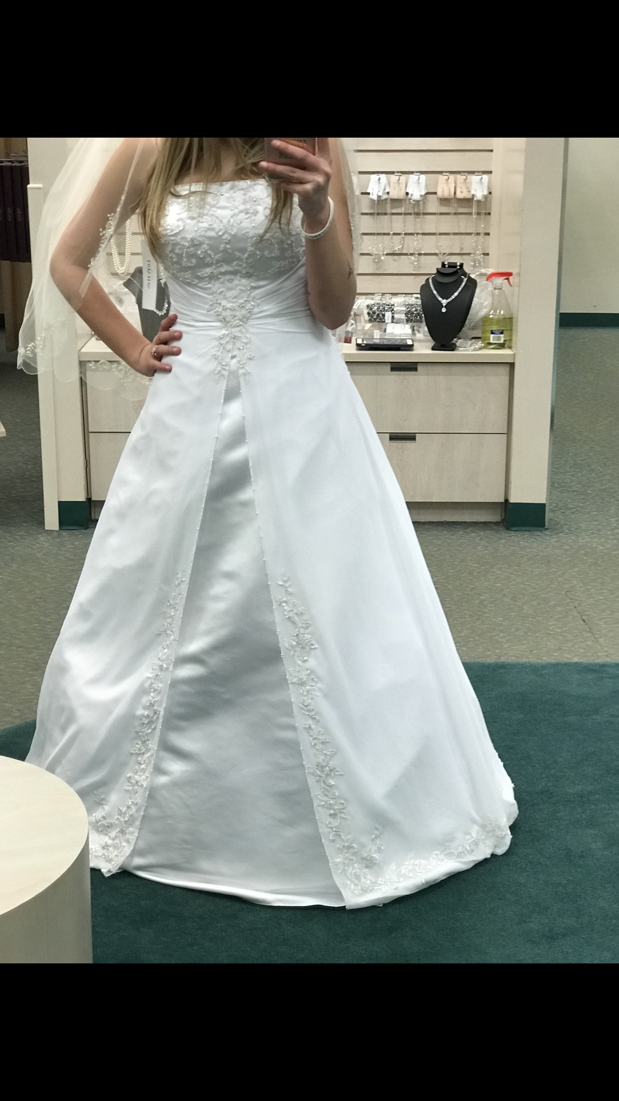 Brand New David's Bridal Wedding Gown