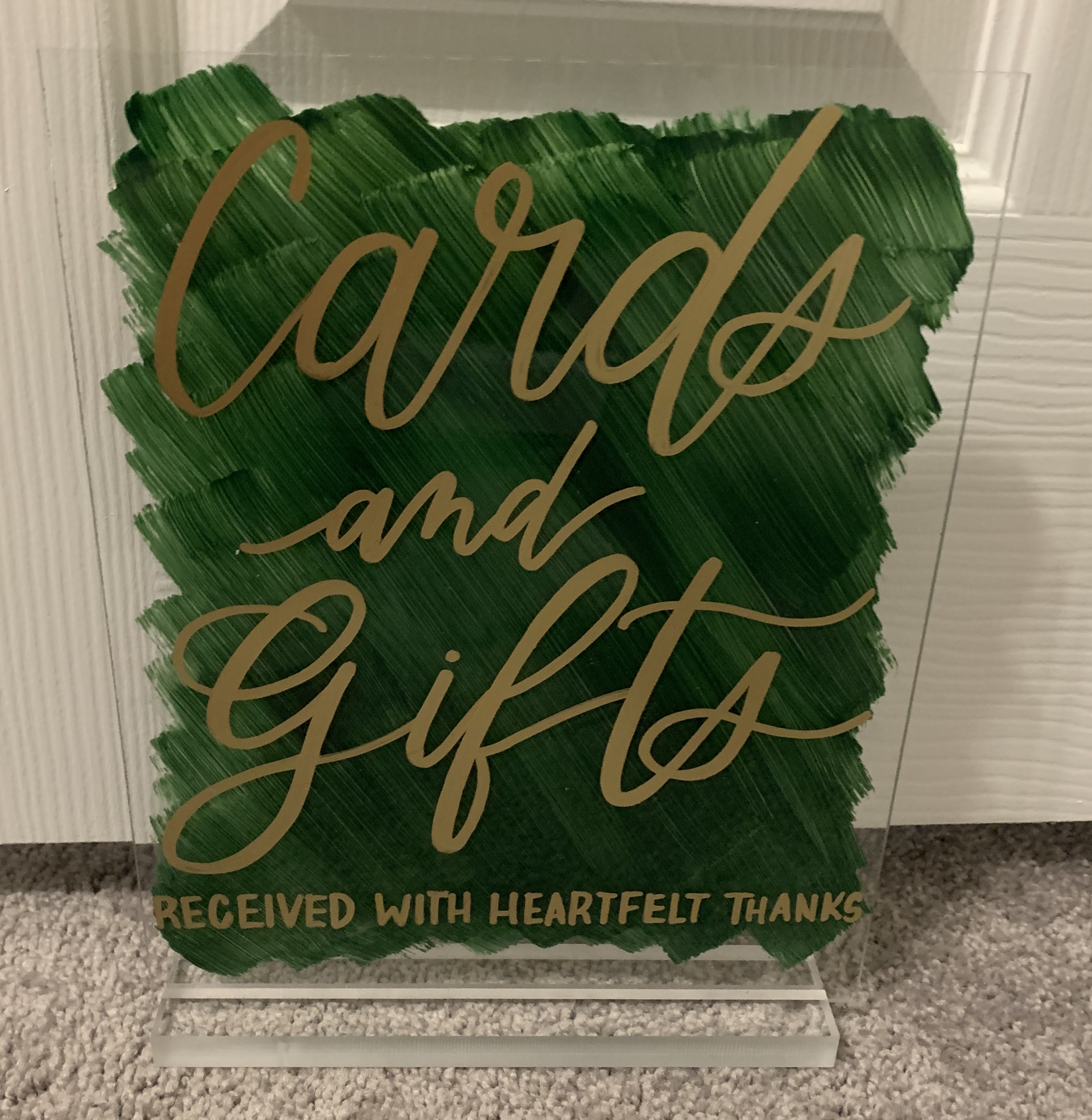 Custom Cards & Gifts Sign